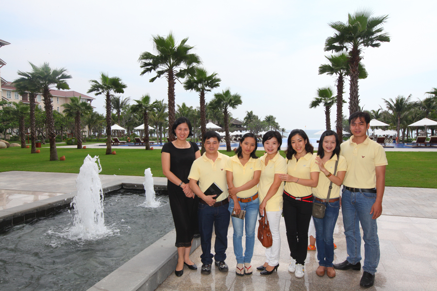 Sinhcafe travel team